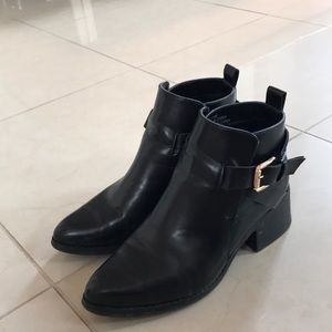 Forever 21 Booties with Buckle size 6